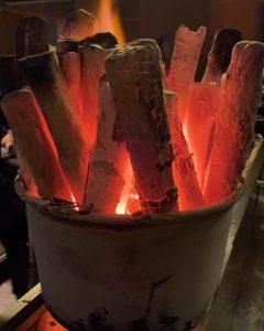 ラオス備長炭。弊社の炭ですが写真はネットからお借りしました。